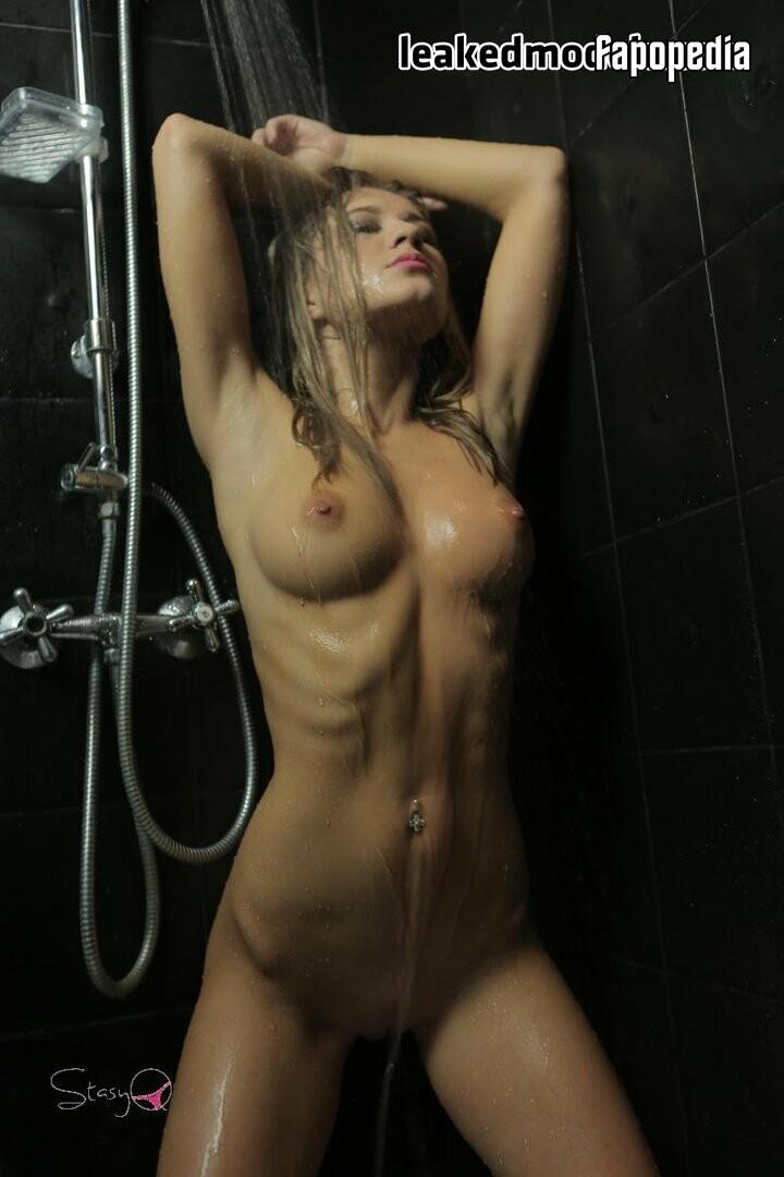 StasyQ Nude OnlyFans Leaks