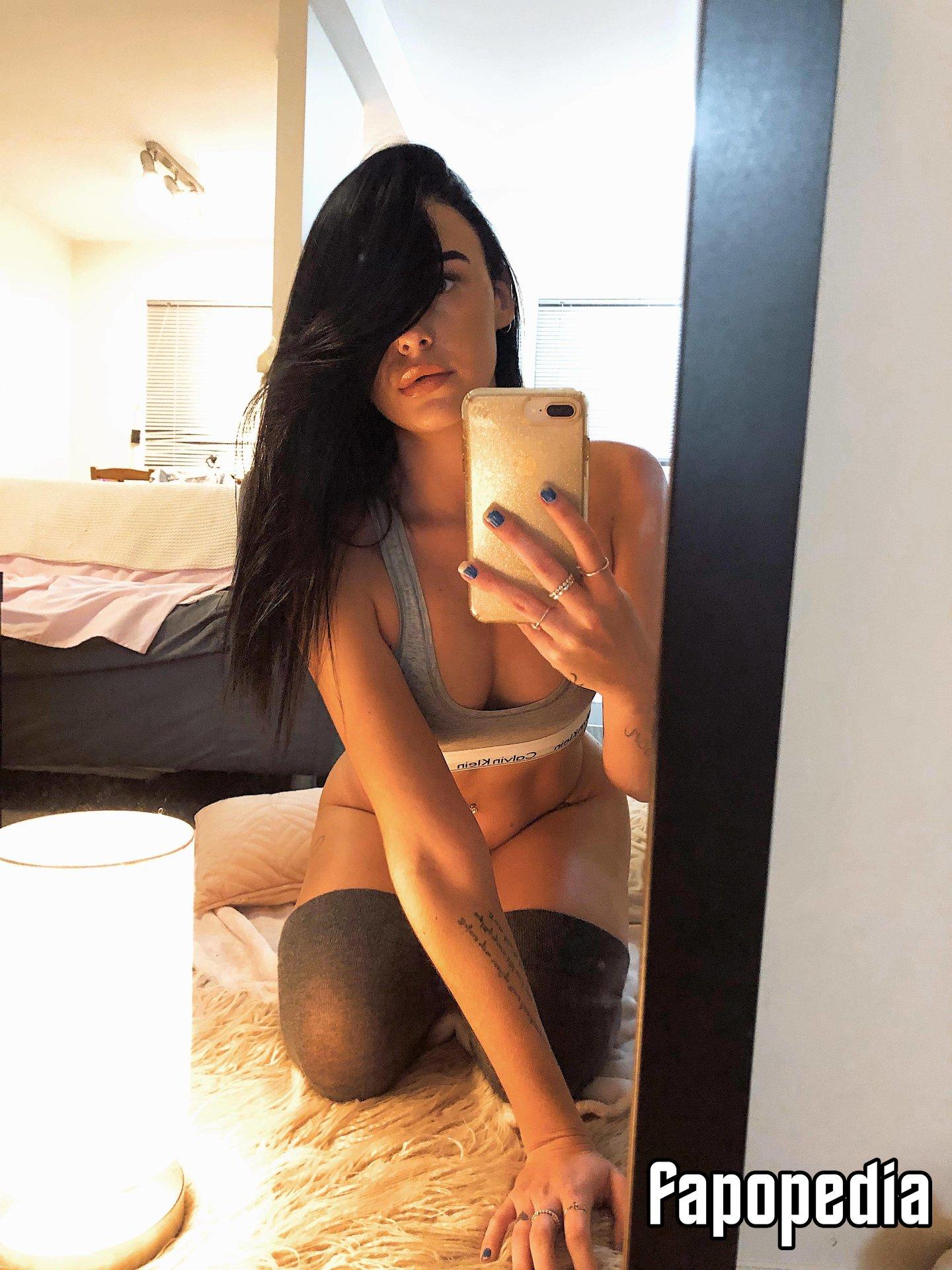 Tineka Jayne Nude OnlyFans Leaks