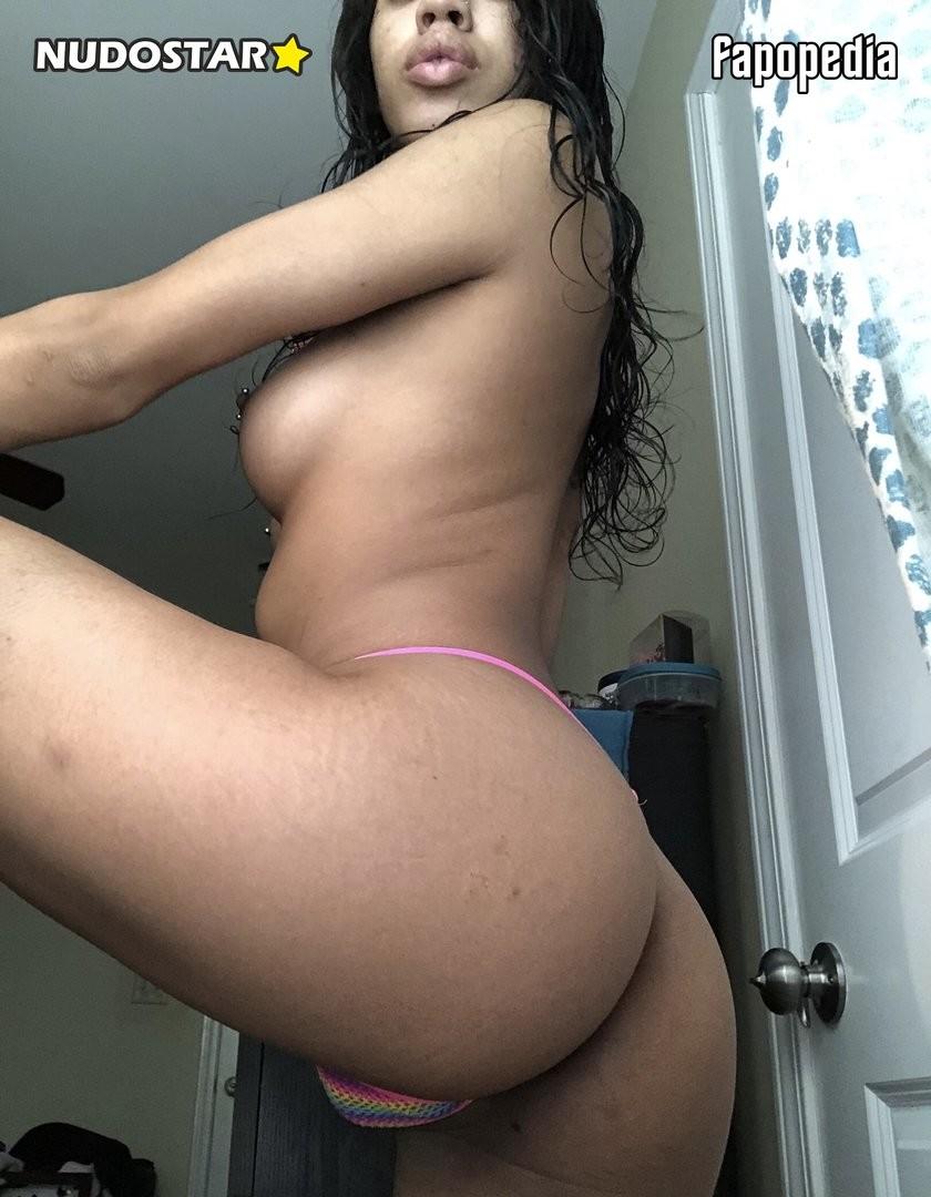 Toripolar Nude OnlyFans Leaks