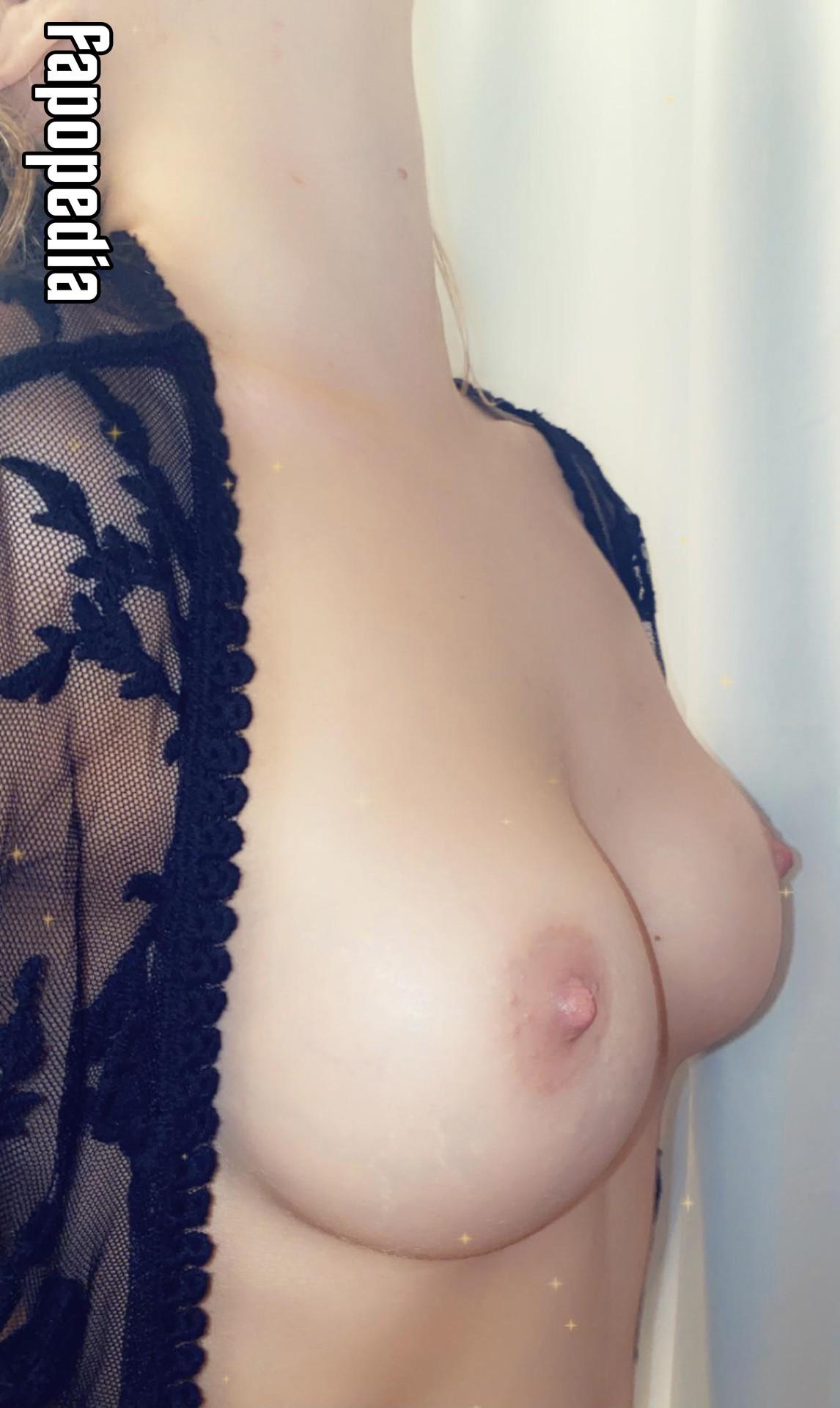 VioletRose023 Nude Leaks